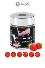 6 Brazillian balls - fraise : La chaleur du corps transforme la brazilian ball en liquide glissant au parfum fraise, votre imagination s'en trouve exacerbée.